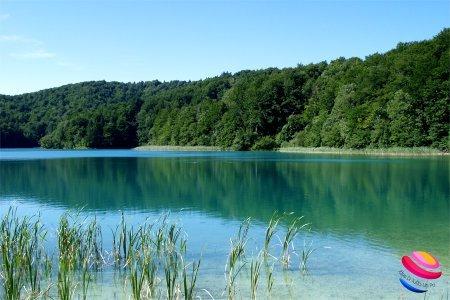 plitvice_panorama_acqua_bosco