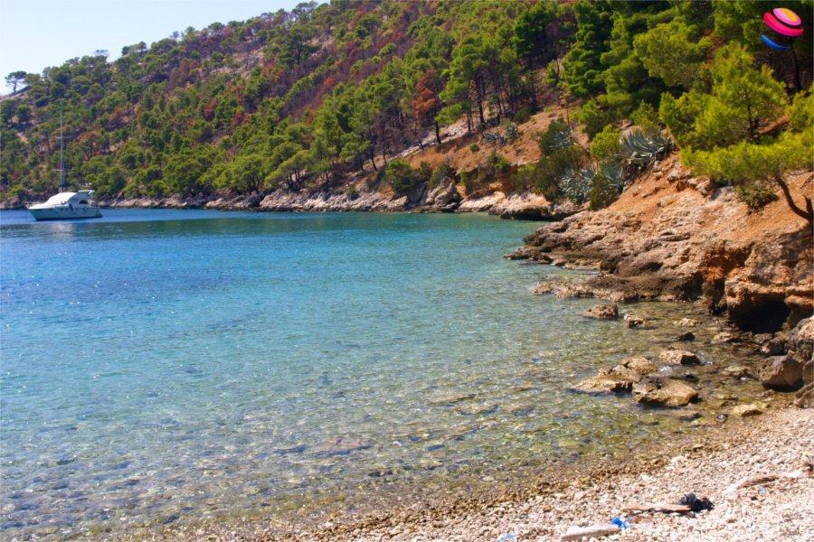 Uvala_Blaca_spiaggia