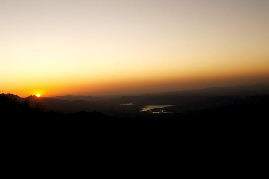Nemrut Dagi alba dalla terrazza Est