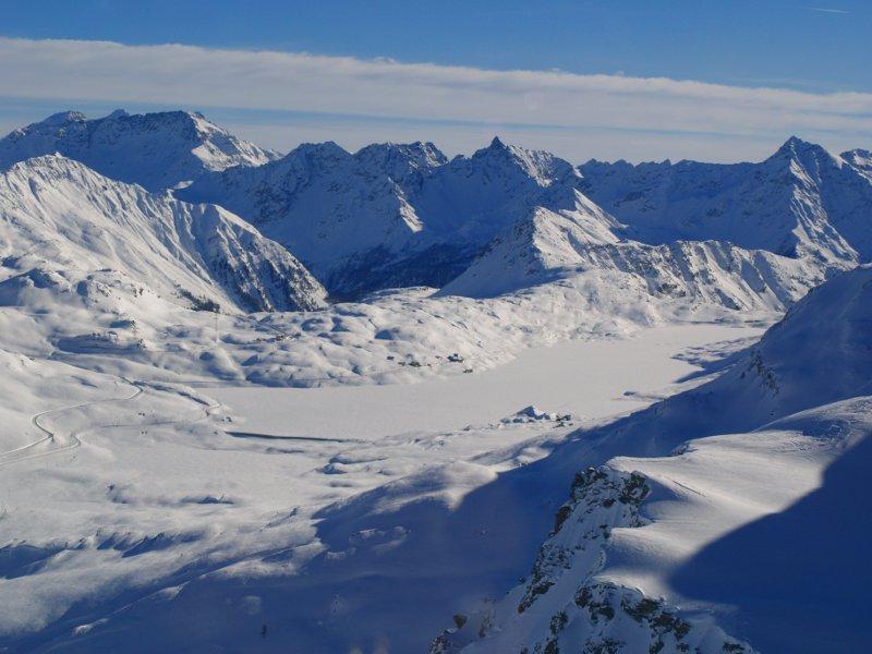 Trenino del Bernina Lago Nero dal Diavolezza