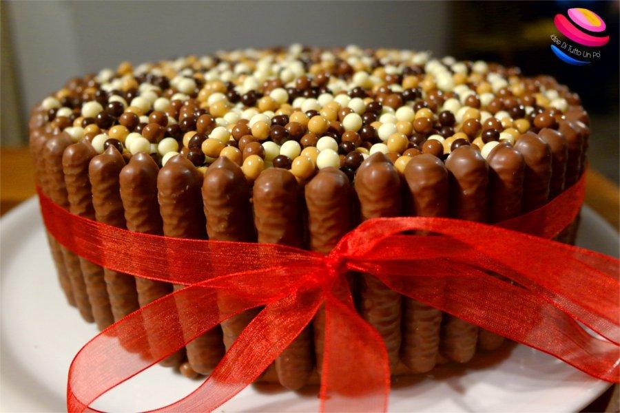 torta bavarese ai 3 cioccolati completa