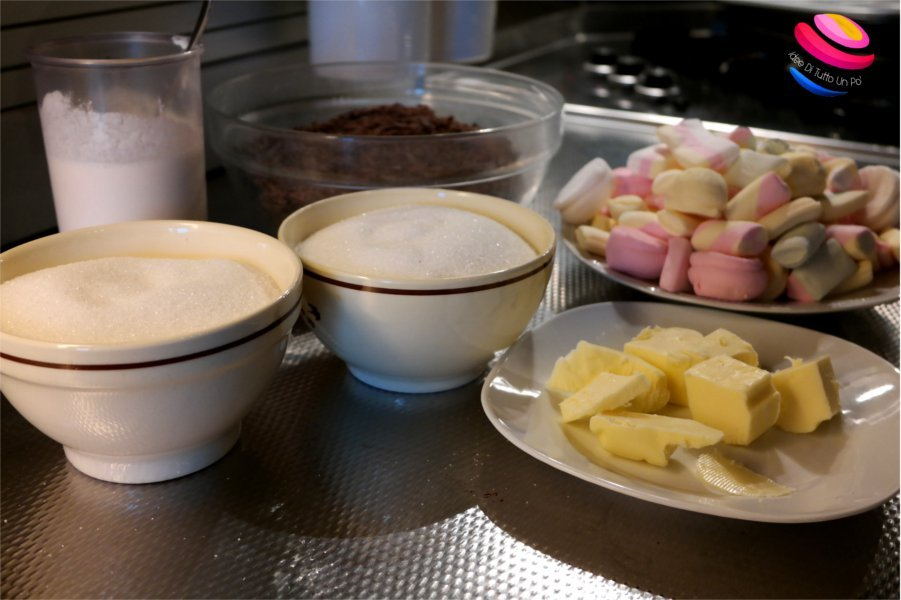 ingredienti fudge al cioccolato