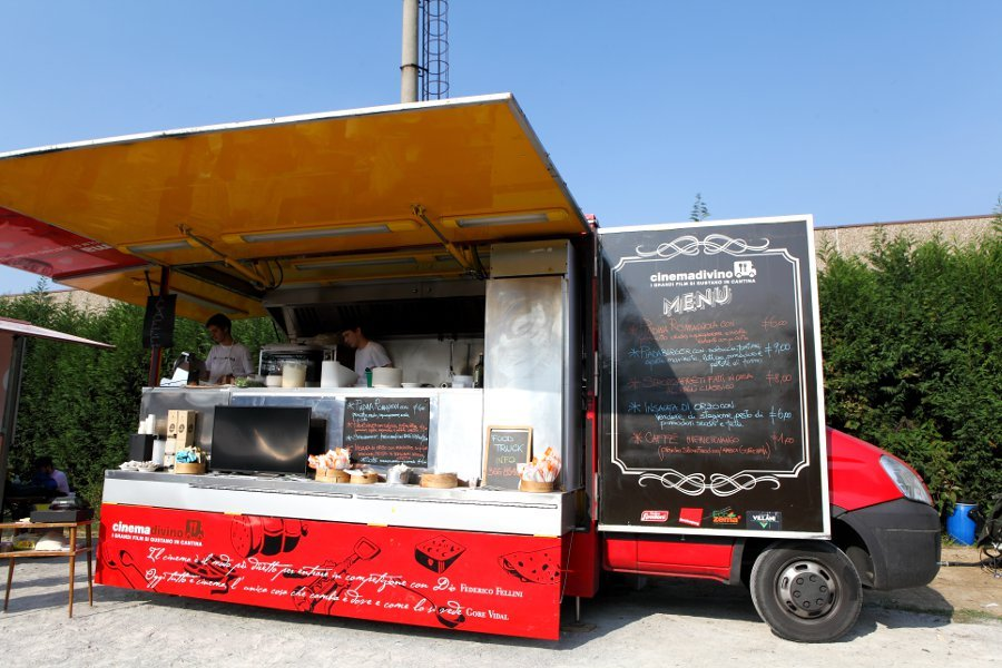 Streeat Truck Food cinemadivino