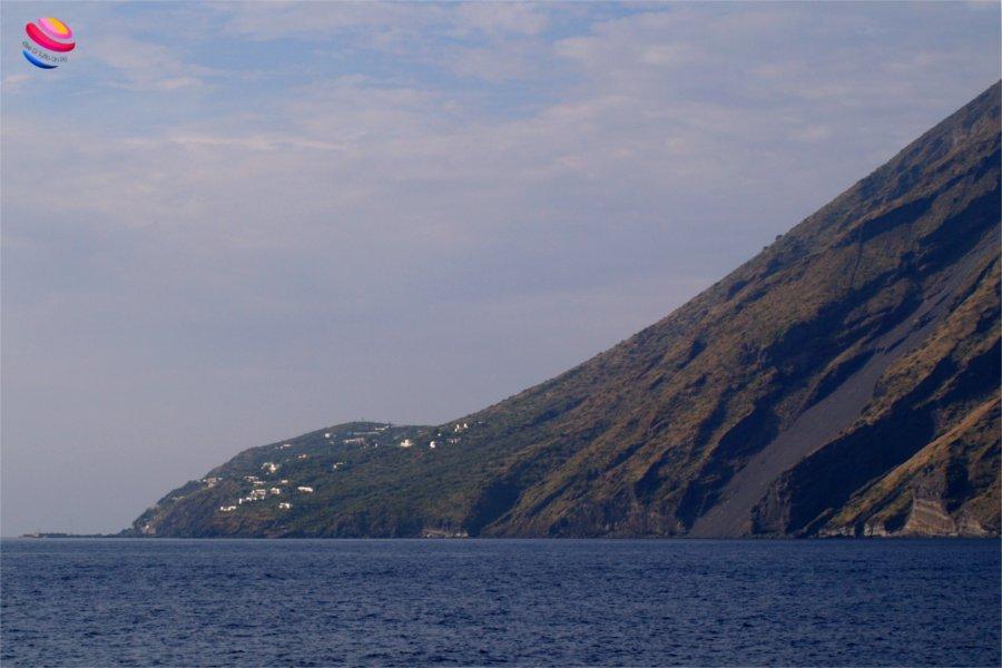 Ginostra vista dal mare