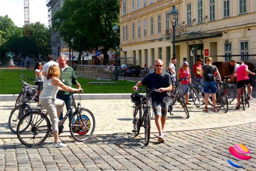 Vienna_in_bicicletta_partenza