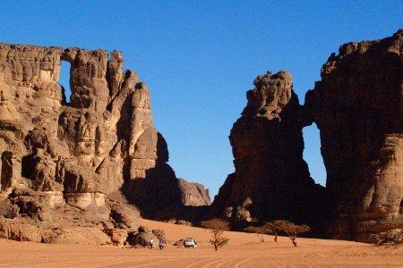 Algeria Tadrart archi di pietra