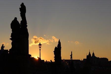 Un viaggio a Praga tramonto