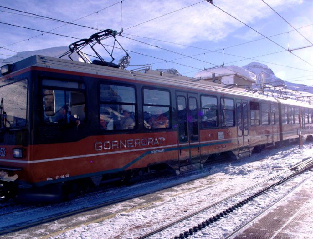Zermatt: sulle piste da sci con il treno
