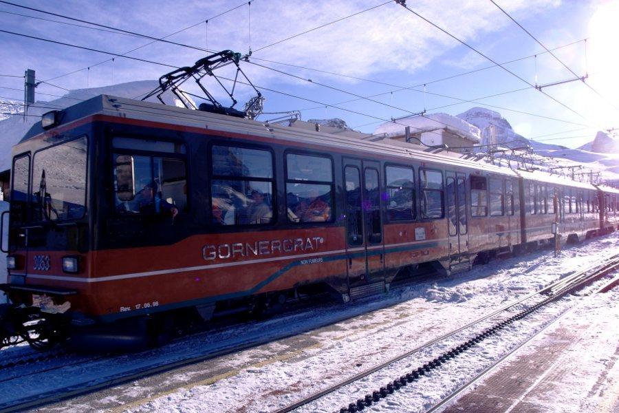 Zermatt trenino Riffelberg stazione ferrovie del Gonergrat