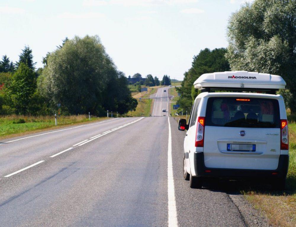 Come sopravvivere ad un lungo viaggio in auto