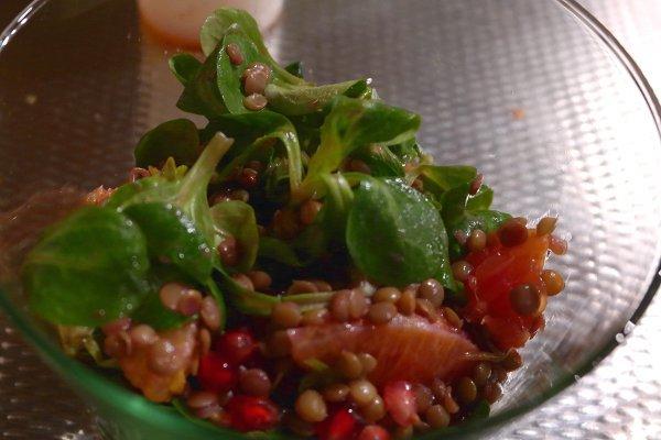 ricette di capodanno insalata di lenticchie e melograno