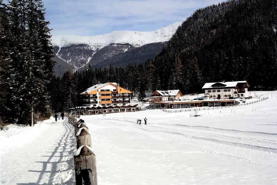 Val Fiscalina Hotel DolomitenHof la partenza della pista da fondo