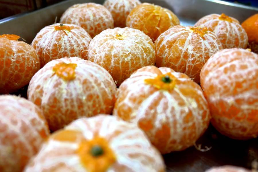 Cucina siciliana: mandarini per aromatizzare la cubbaita