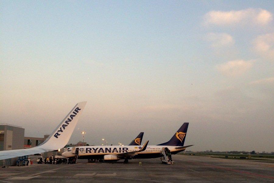 Ryanair minorenni senza genitori aeroporto di bologna