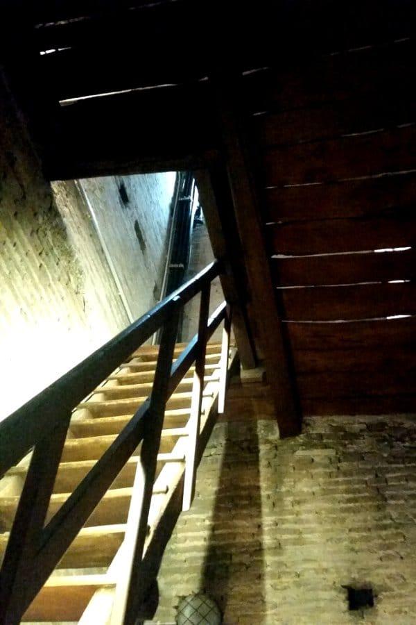 Torre prendiparte: le scale interne