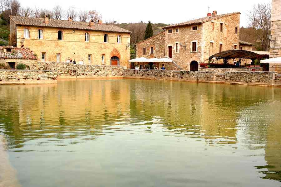 Con vintage tours a bagno Vignoni