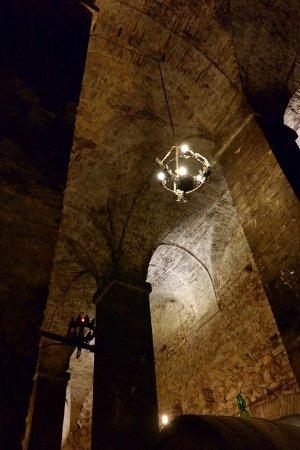 itinerari stradali in Val D'orcia: la cattedrale del vino di Montepulciano