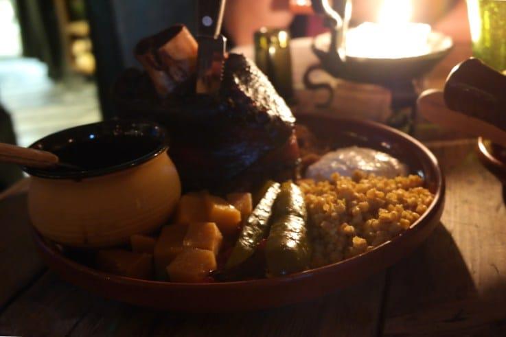 tallinn pranzo medievale