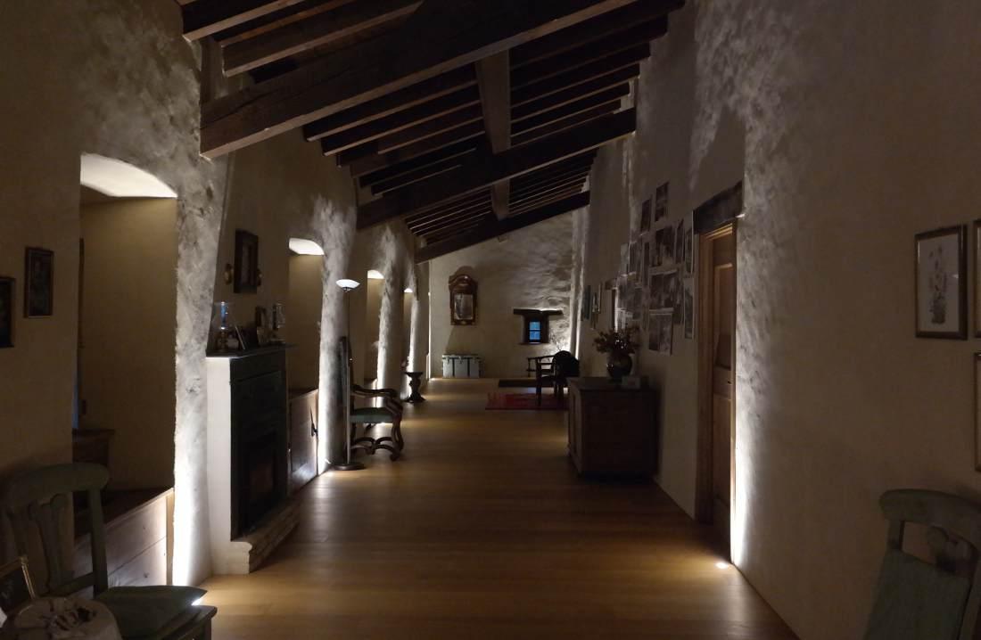 Castello malaspina di Gambaro il corridoio