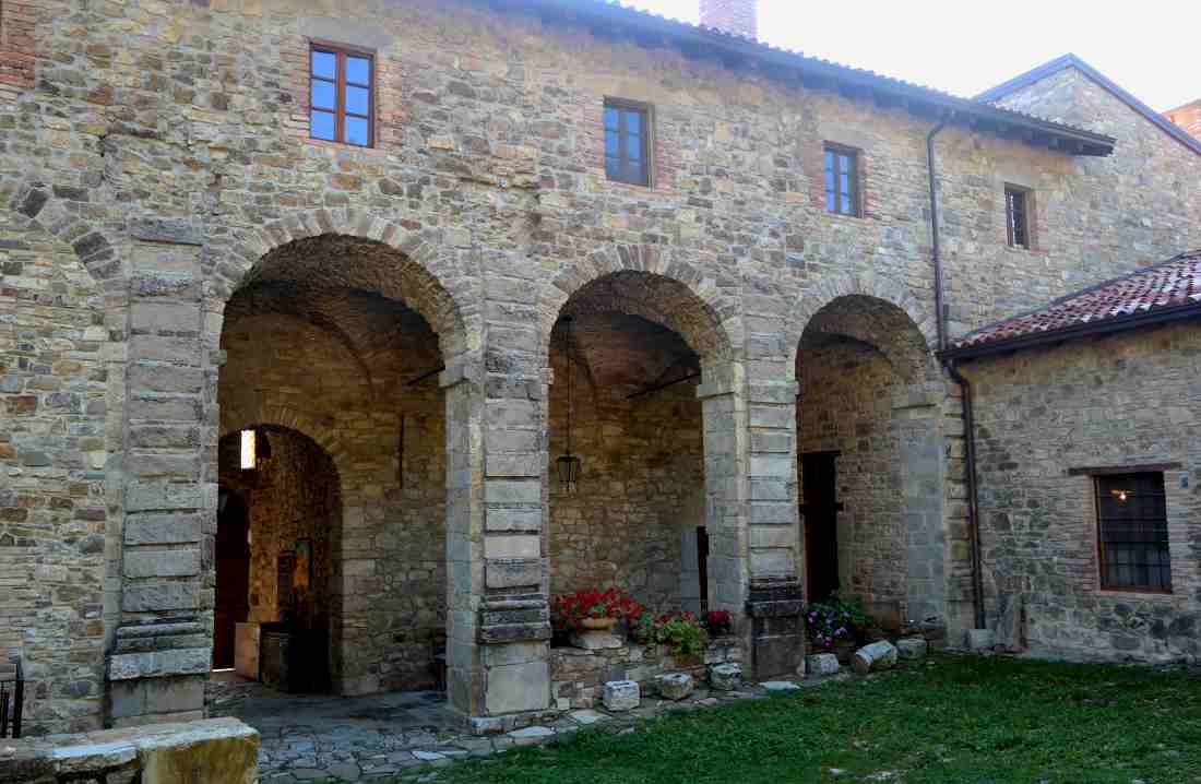 Castello malaspina di Gambaro la corte
