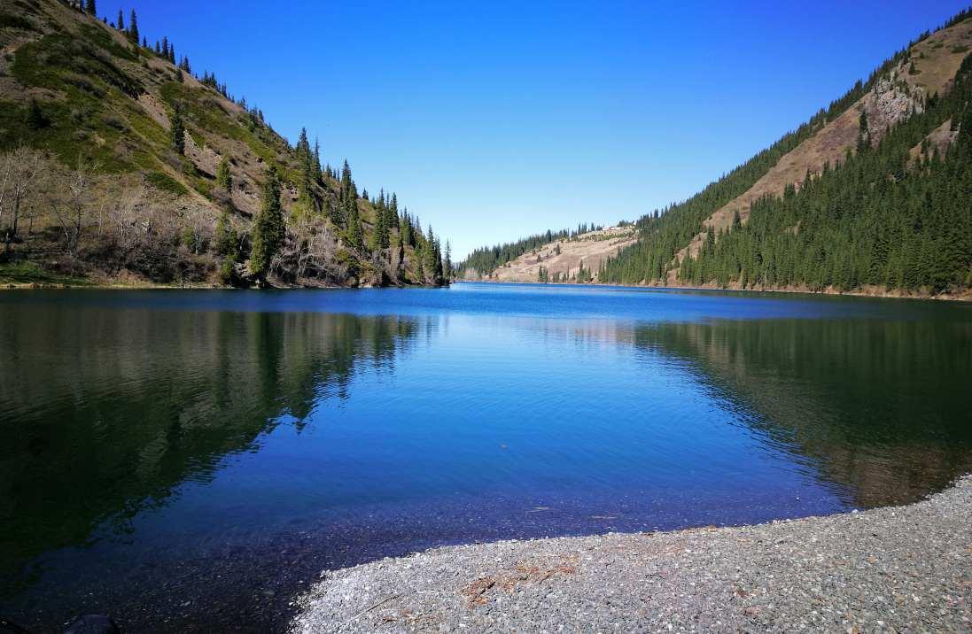 Kazakistan immenso e affascinante idee di tutto un po 39 for Idee di progettazione cottage lago