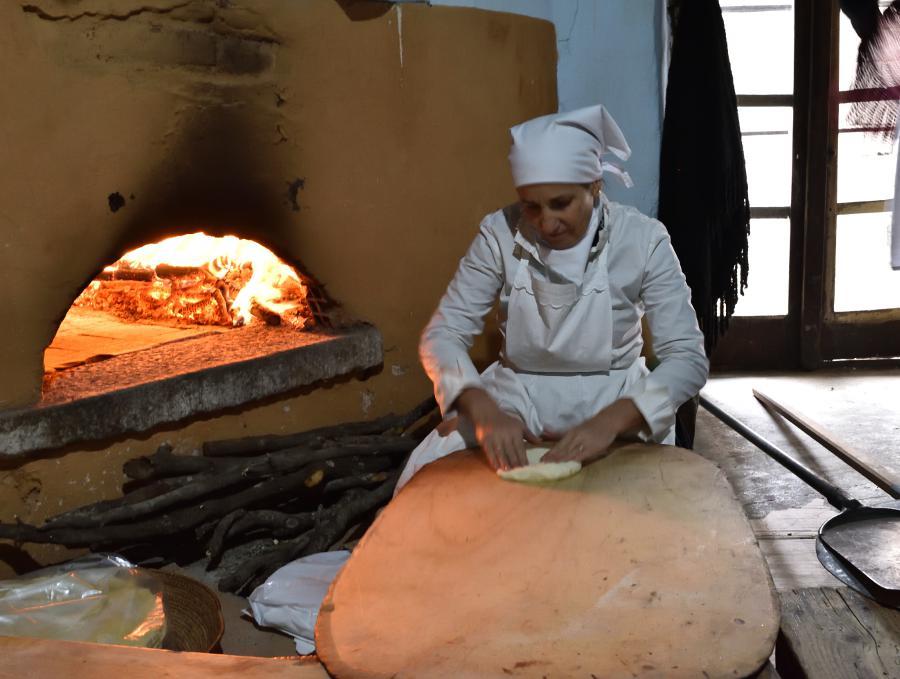Cortes Apertas produzione di pane carasau