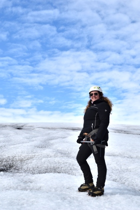 Monica LIverani travel blogger in Islanda